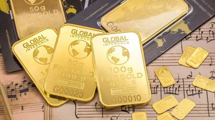 Giá vàng thế giới tiếp đà lao dốc - Ảnh 1.