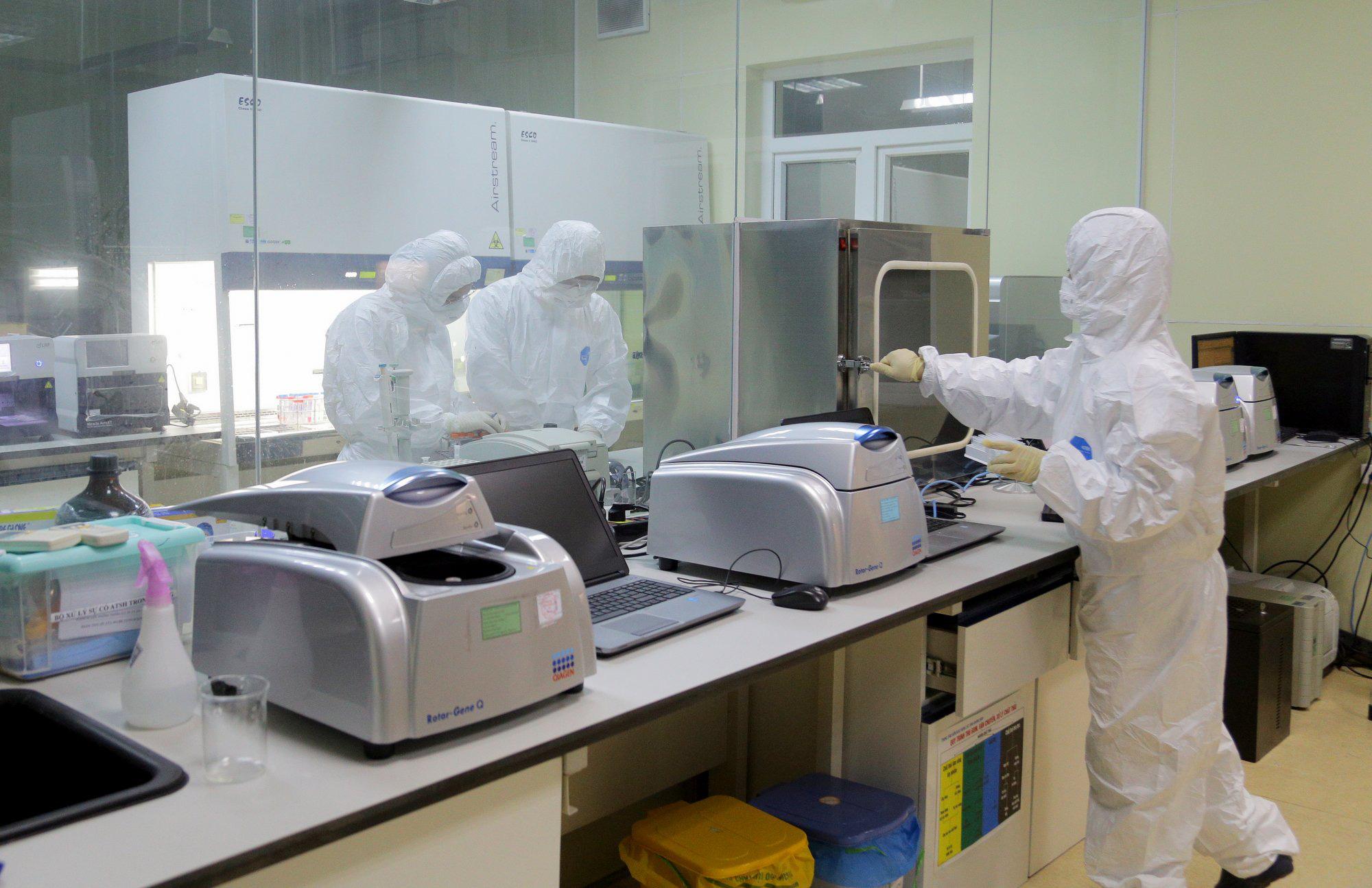 Thêm 10 ca nghi nhiễm Covid-19 ở Quảng Ninh - Ảnh 1.