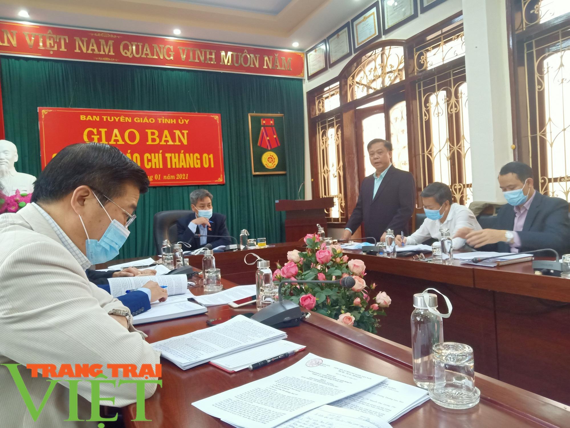 Sơn La họp khẩn triển khai các giải pháp phòng, chống dịch Covid-19 - Ảnh 2.