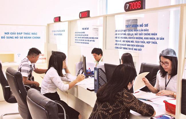 TP.HCM: Luân chuyển hơn 900 cán bộ, công chức, viên chức để phòng ngừa tham nhũng - Ảnh 1.