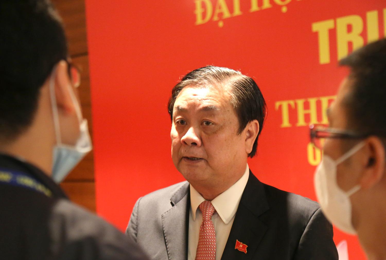 Tướng Phan Văn Giang giữ chức Bộ trưởng Bộ Quốc phòng, Giám đốc Đại học Quốc gia Hà Nội làm Bộ trưởng Bộ GD-ĐT - Ảnh 5.