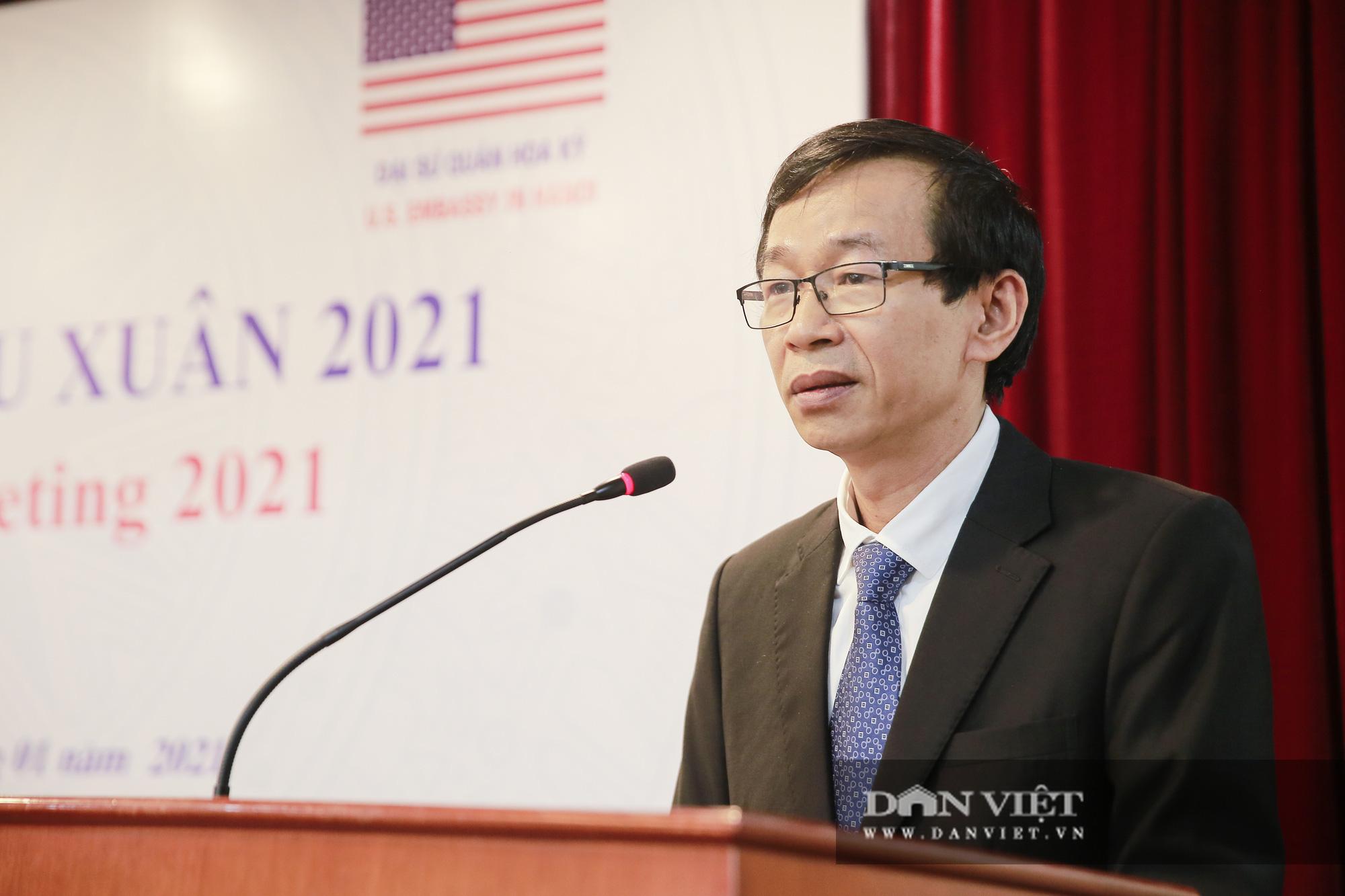 """Đại sứ Hoa Kỳ trao tặng cây đào đặc biệt tại nơi đào tạo ra những """"người lái đò"""" - Ảnh 5."""