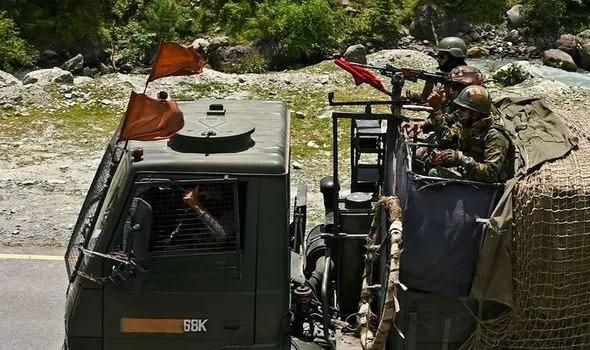 Nóng biên giới Trung-Ấn: Mỹ bắt đầu đổ thêm dầu vào lửa? - Ảnh 1.