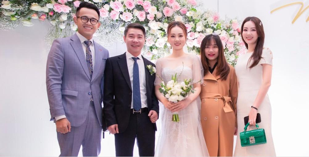 Toàn cảnh đám cưới lần ba của NSND Công Lý với cô dâu xinh đẹp kém 15 tuổi - Ảnh 3.