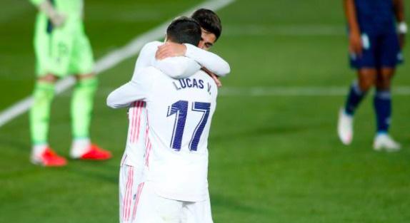 """Real tạm dẫn đầu La Liga, HLV Zidane đưa học trò """"lên mây xanh"""" - Ảnh 1."""