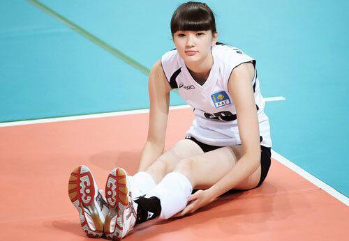 """Tiết lộ bất ngờ về chồng của """"nữ thần bóng chuyền"""" Sabina Altynbekova - Ảnh 8."""