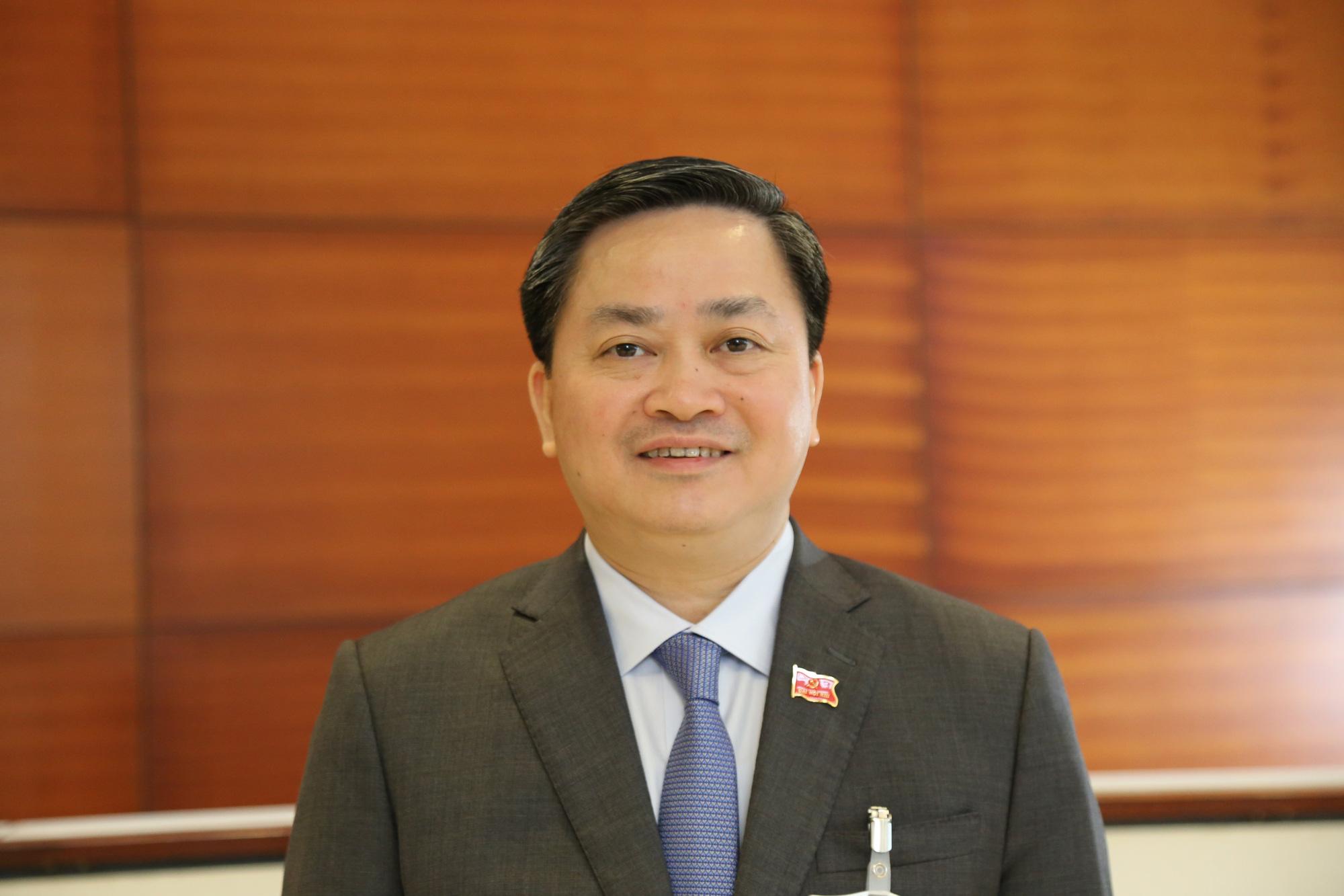 Chủ tịch Vietcombank, VietinBank trúng cử Ban Chấp hành Trung ương khóa XIII - Ảnh 3.