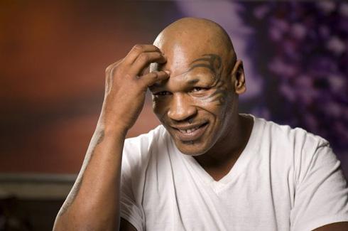 10 bê bối nổi tiếng của Mike Tyson: Dùng dương vật giả, hiếp dâm, cắn tai đối thủ - Ảnh 1.