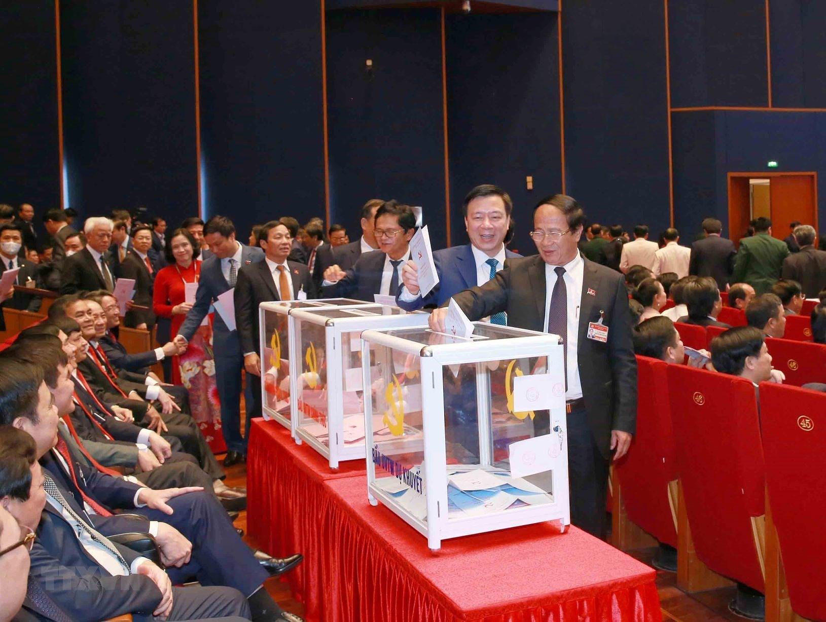 Đại hội XIII đã bỏ phiếu bầu Ban Chấp hành Trung ương khóa mới - Ảnh 12.
