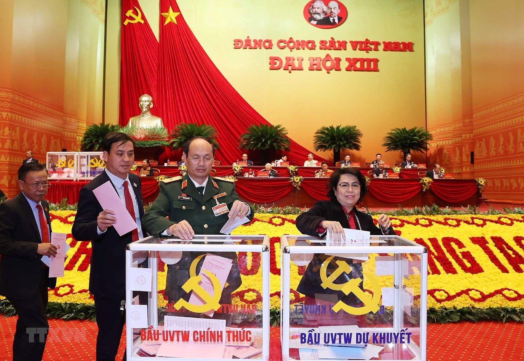 Đại hội XIII đã bỏ phiếu bầu Ban Chấp hành Trung ương khóa mới - Ảnh 10.