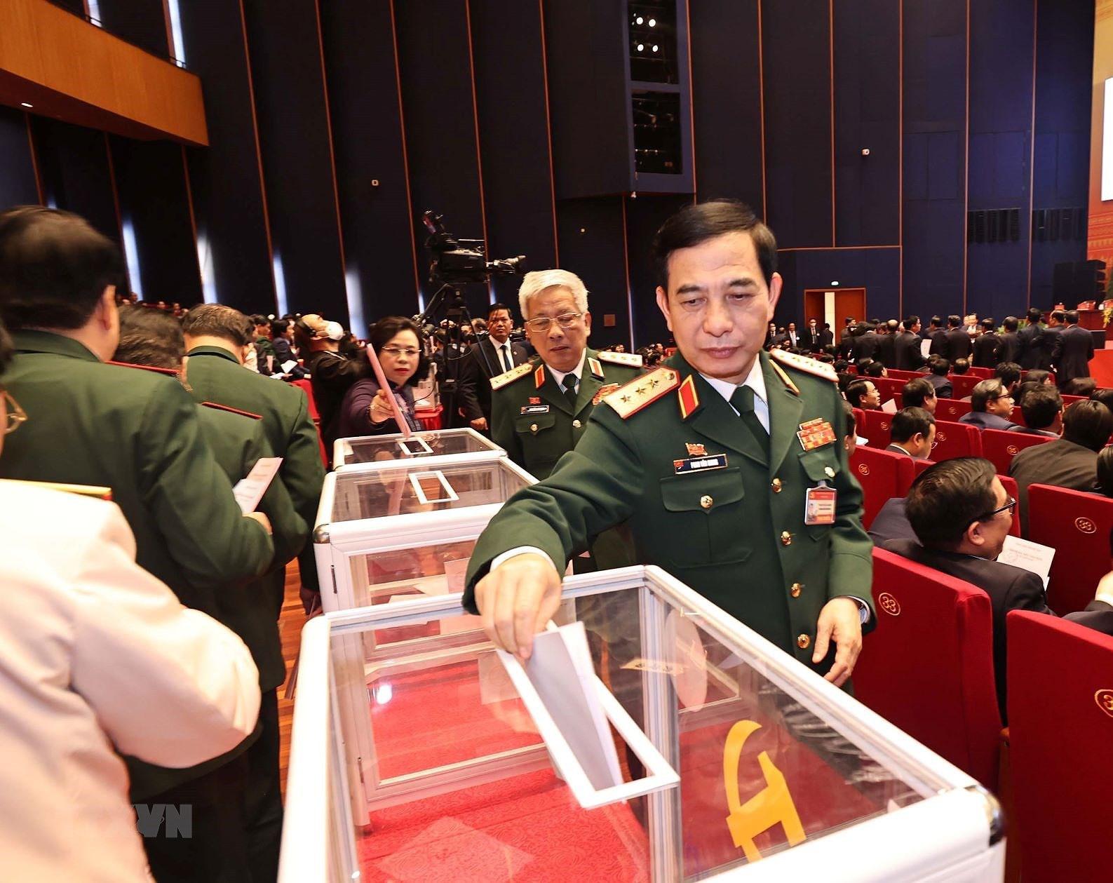 Đại hội XIII đã bỏ phiếu bầu Ban Chấp hành Trung ương khóa mới - Ảnh 11.