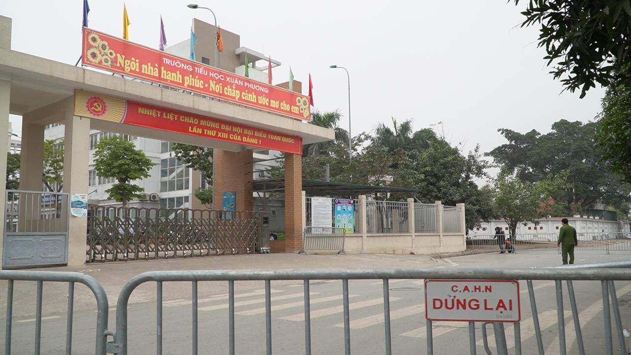 Thương con, nhưng không hoang mang: Phụ huynh học sinh trường TH Nam Xuân Phương nghiêm túc thực hiện cách ly - Ảnh 3.