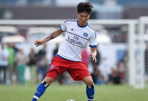 Cầu thủ Hàn Quốc được đích thân HLV Kiatisak tuyển mộ là ai? - Ảnh 1.