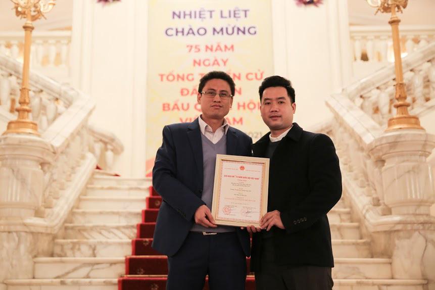 Báo điện tử Dân Việt đoạt Giải C Giải báo chí 75 năm Quốc hội Việt Nam - Ảnh 2.