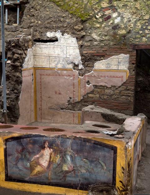 """""""Chấn động"""" thế giới: Tiệm ăn nhanh từ 2000 năm trước ở La Mã cổ đại với hài cốt bí ẩn bên trong - Ảnh 4."""