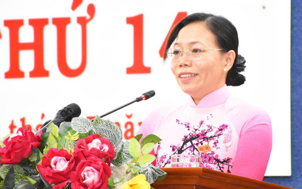 Phê chuẩn kết quả bầu nữ Phó Chủ tịch UBND đầu tiên của tỉnh - Ảnh 1.