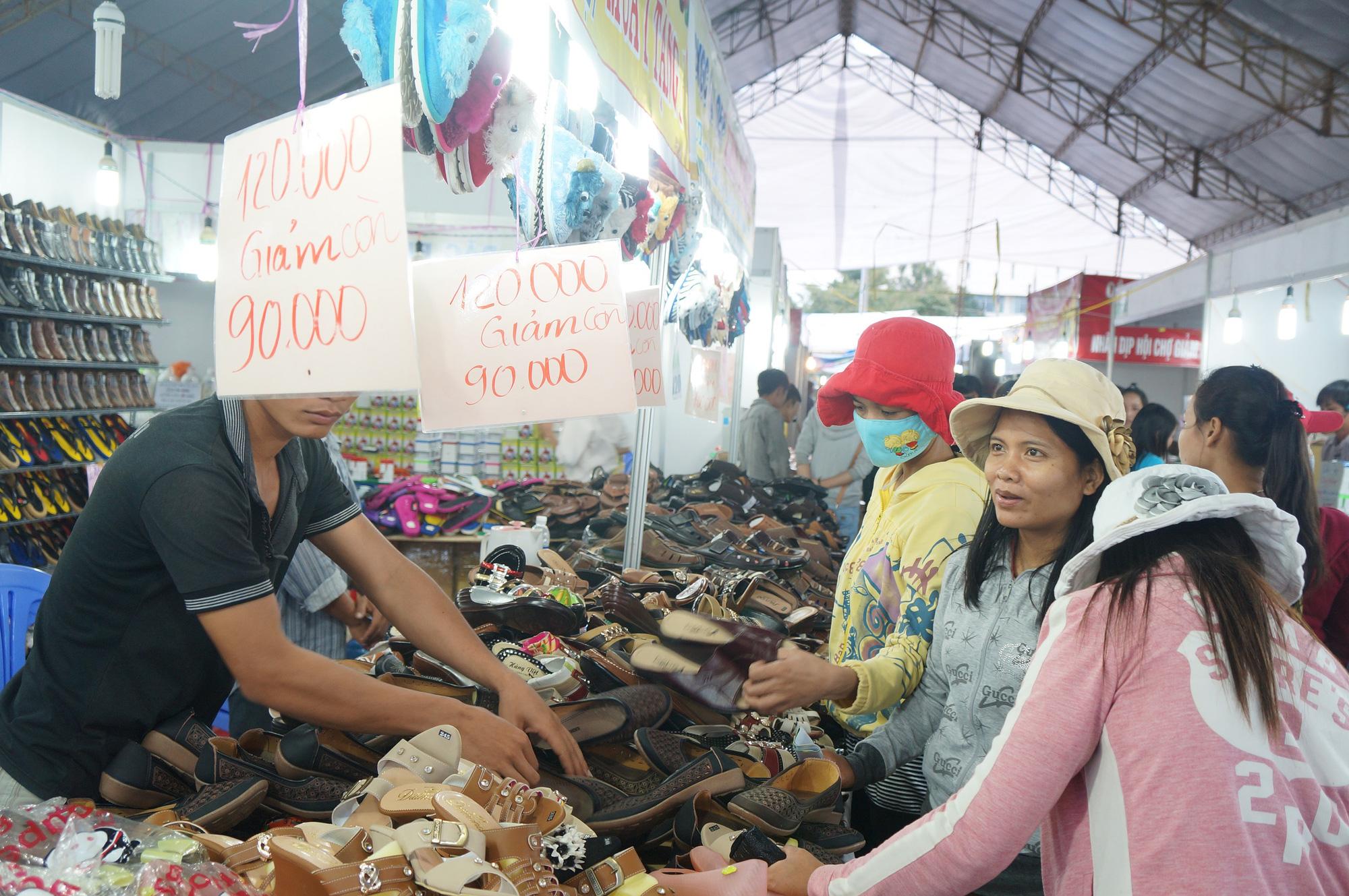Hội chợ Xuân - OCOP Quảng Nam 2021 có 250 gian hàng - Ảnh 3.