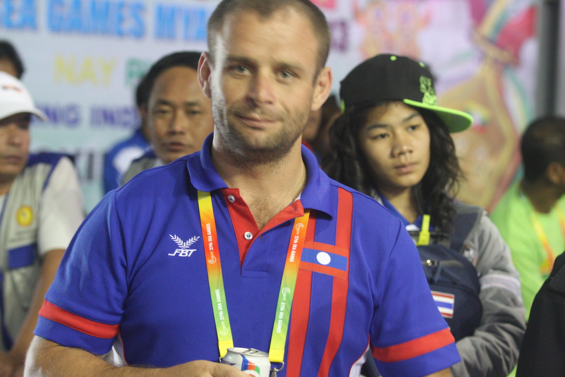"""Nguyễn Trần Duy Nhất bật khóc vì """"trò hề"""" ở """"ao làng"""" SEA Games - Ảnh 4."""