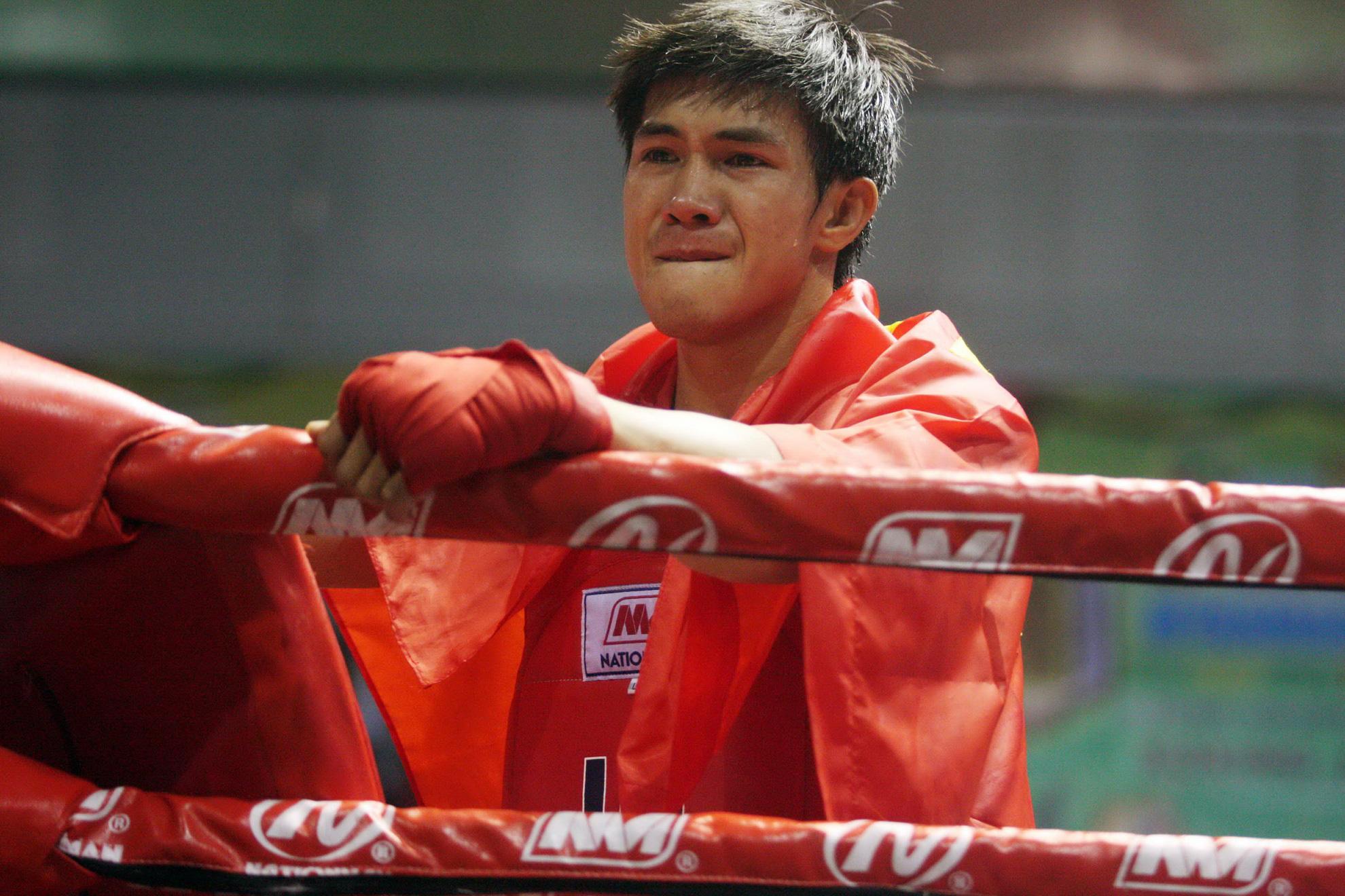 """Nguyễn Trần Duy Nhất bật khóc vì """"trò hề"""" ở """"ao làng"""" SEA Games - Ảnh 3."""