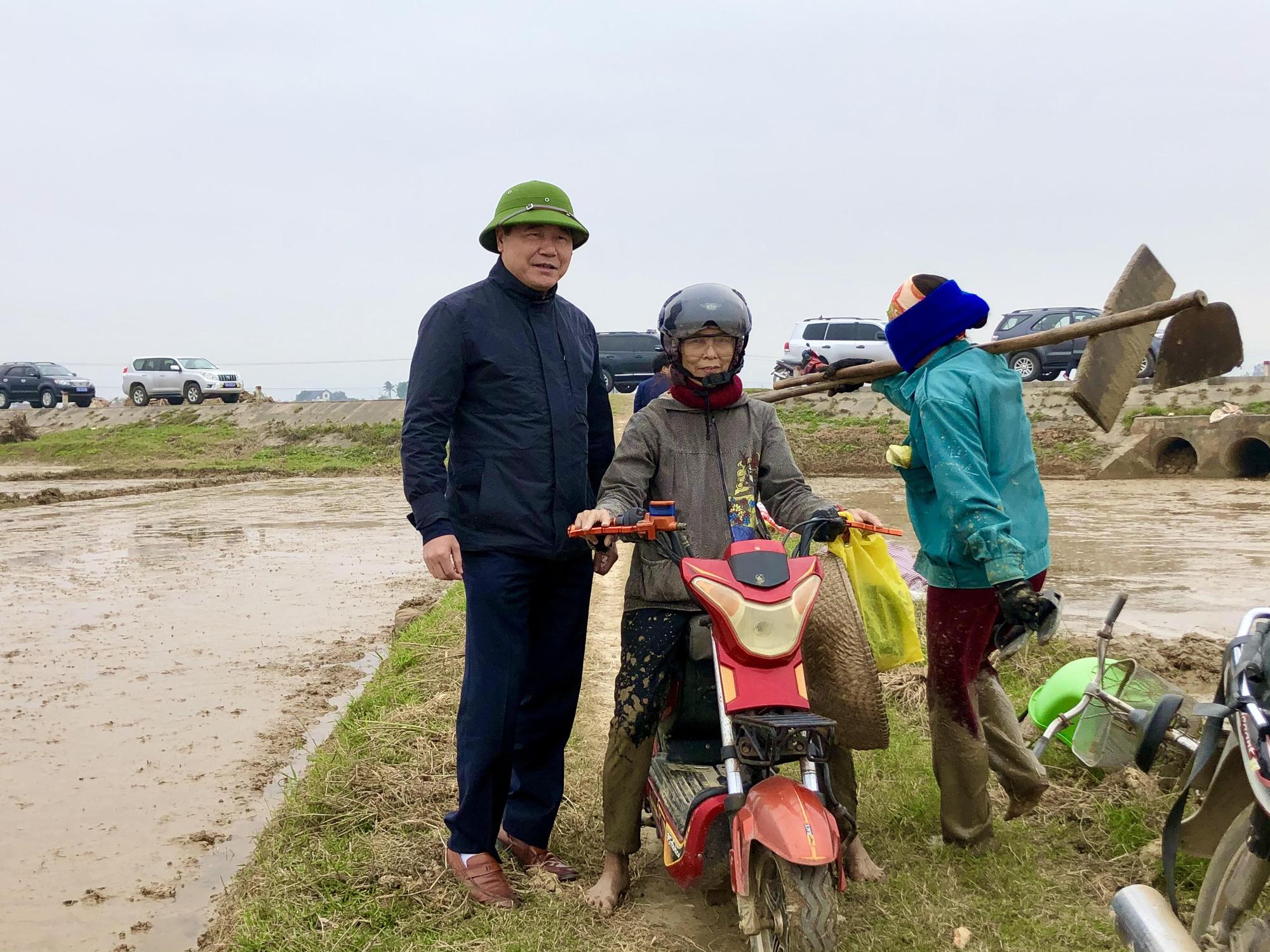 Tập trung khắc phục khó khăn, khôi phục sản xuất nông nghiệp sau thiên tai tại Hà Tĩnh và Quảng Bình - Ảnh 7.