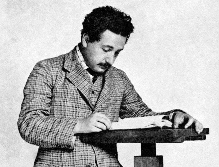 Gia đình Einstein đã phải trả giá đắt thế nào để đánh đổi cho thế giới 1 thiên tài? - Ảnh 1.