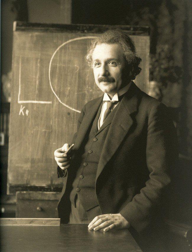 Gia đình Einstein đã phải trả giá đắt thế nào để đánh đổi cho thế giới 1 thiên tài? - Ảnh 2.