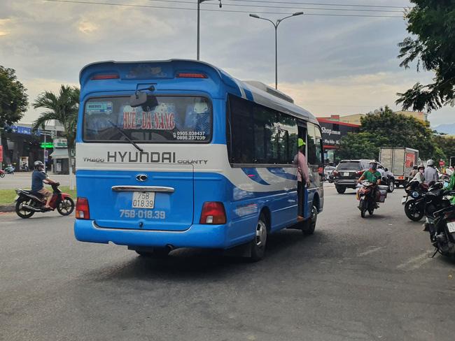 """TT-Huế vận động cán bộ, người dân không đi """"xe ké"""", xe trá hình tuyến Huế- Đà Nẵng  - Ảnh 2."""