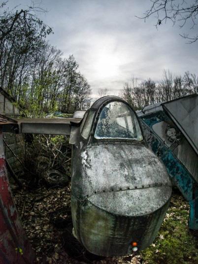Tận mục nghĩa địa máy bay chiến đấu thời Thế chiến II - Ảnh 4.