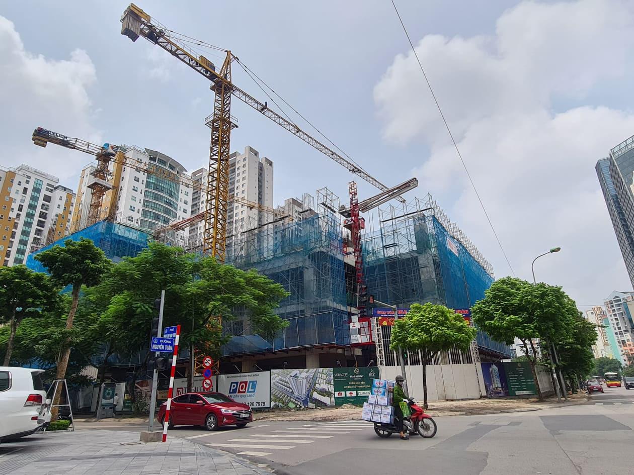 Chuyên gia CBRE dự báo: Năm 2021, giá bán bất động sản tăng khoảng 6% - Ảnh 1.