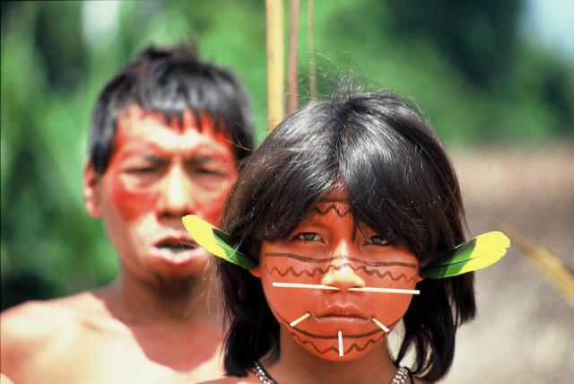 Bộ tộc sống biệt lập trong rừng sâu Amazon với những tập tục kỳ lạ, ghê rợn - Ảnh 5.