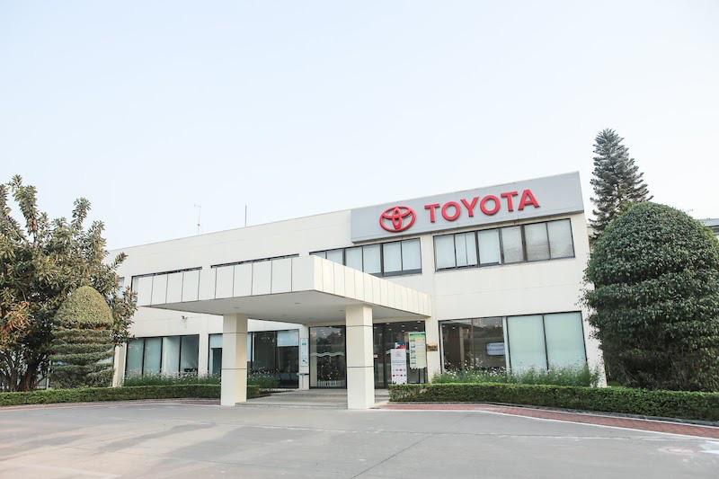 """Nhà máy ôtô VinFast nộp ngân sách gần 5.000 tỷ đồng, Honda và Toyota """"giảm sâu"""" - Ảnh 2."""