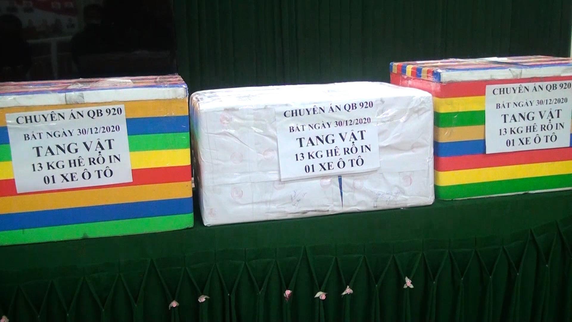 Bắt 13kg ma túy: 2 đối tượng khai nhận vận chuyển với giá 200 triệu đồng - Ảnh 3.