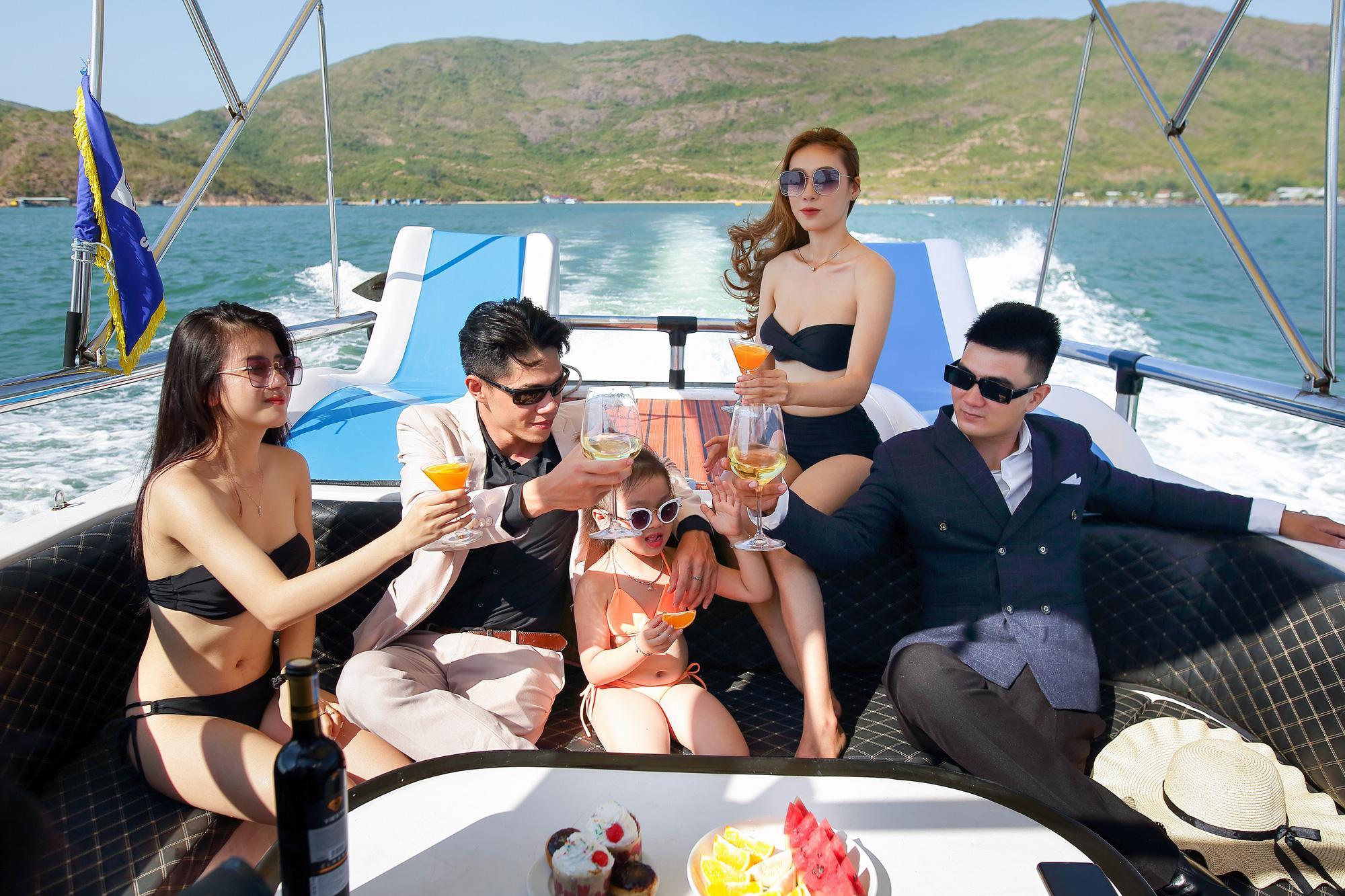 Năm 2021, tỉnh Bình Định kỳ vọng đón 4 triệu lượt khách du lịch, doanh thu 5.200 tỷ đồng - Ảnh 6.