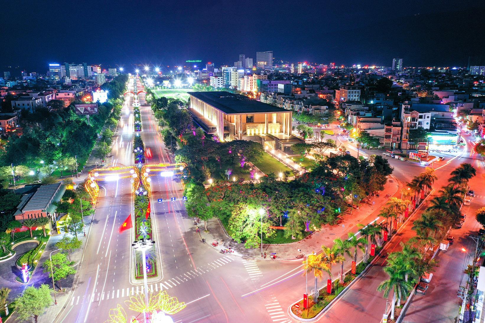 Năm 2021, tỉnh Bình Định kỳ vọng đón 4 triệu lượt khách du lịch, doanh thu 5.200 tỷ đồng - Ảnh 4.