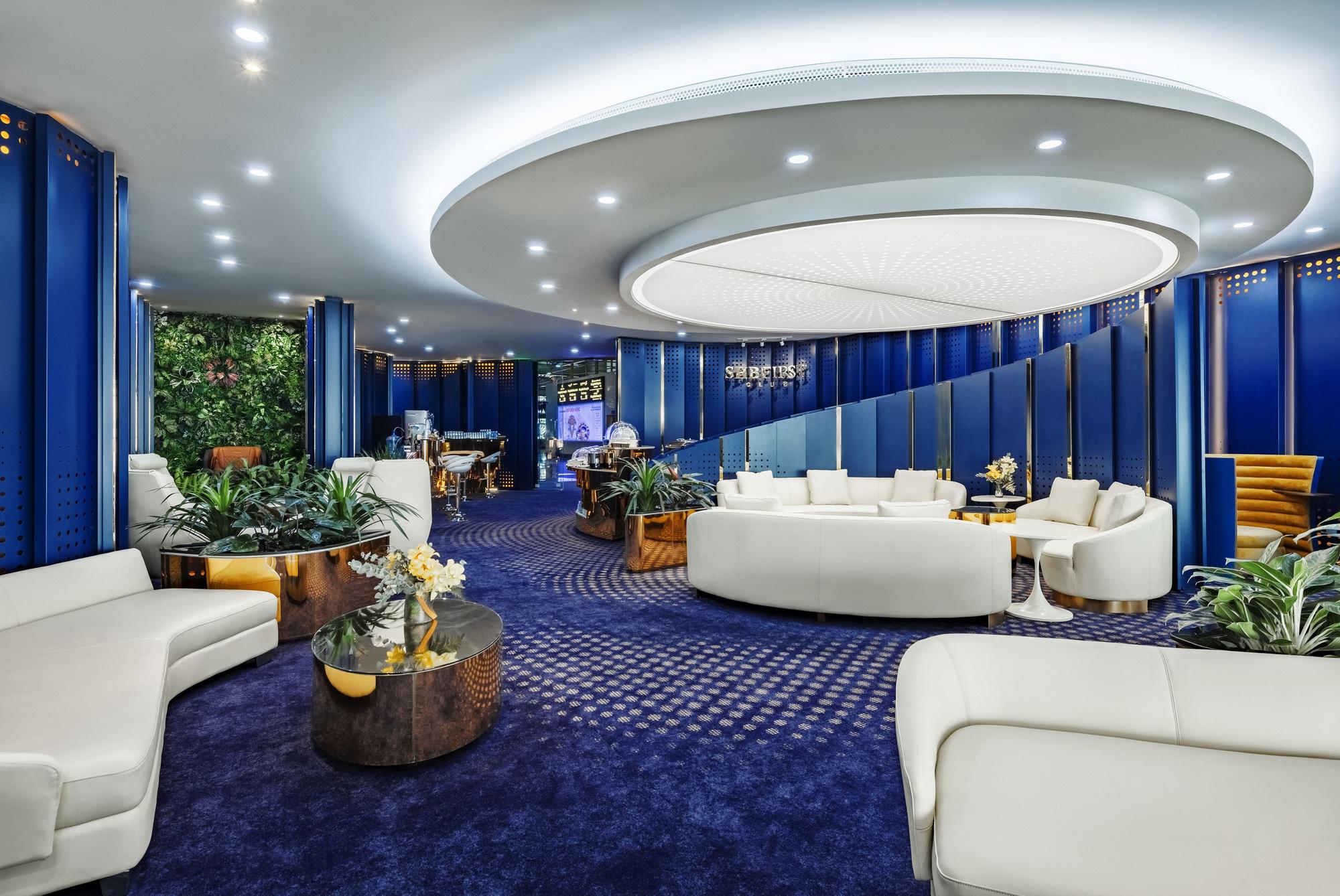 SHB First Club Nội Bài – phòng chờ sân bay mạ vàng 24K đầu tiên được ra mắt - Ảnh 4.