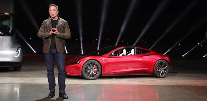 """""""Ông trùm xe điện Tesla"""" thần tốc giàu nhất hành tinh - Ảnh 1."""