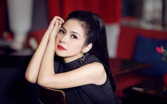 """""""Người đẹp Tây Đô"""" Việt Trinh: Nếu nói tôi không thích nổi tiếng là giả dối"""
