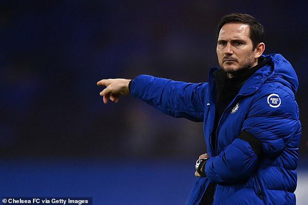 Lampard đang chịu áp lực lớn sau chuỗi phong độ kém cỏi của Chelsea.
