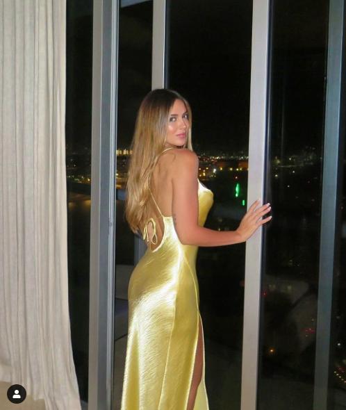 Mừng sinh nhật, bạn gái James Rodriguez diện bikini đãi mắt NHM - Ảnh 5.
