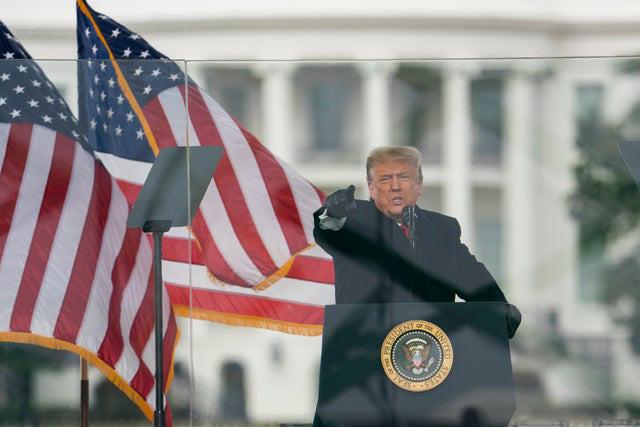 Vì sao ông Trump có thể tự ân xá cho mình? - Ảnh 1.
