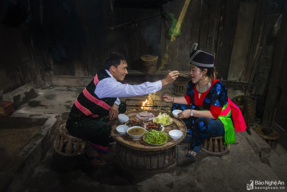 Thơm 'điếc mũi' thịt chuột rừng nơi Cổng trời Mường Lống tỉnh Nghệ An - Ảnh 8.