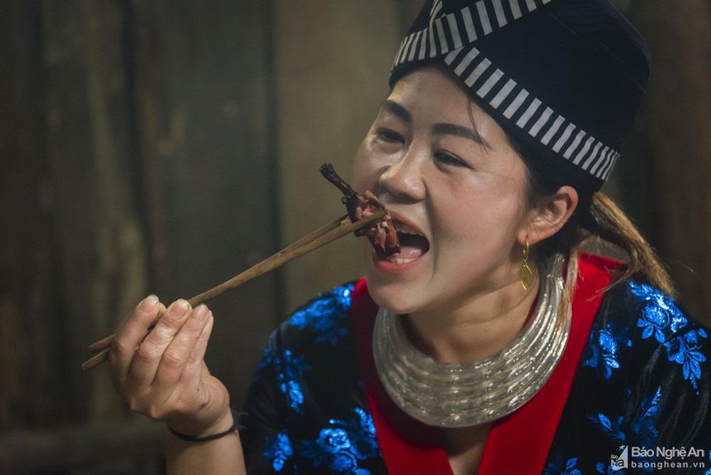 Thơm 'điếc mũi' thịt chuột rừng nơi Cổng trời Mường Lống tỉnh Nghệ An - Ảnh 7.