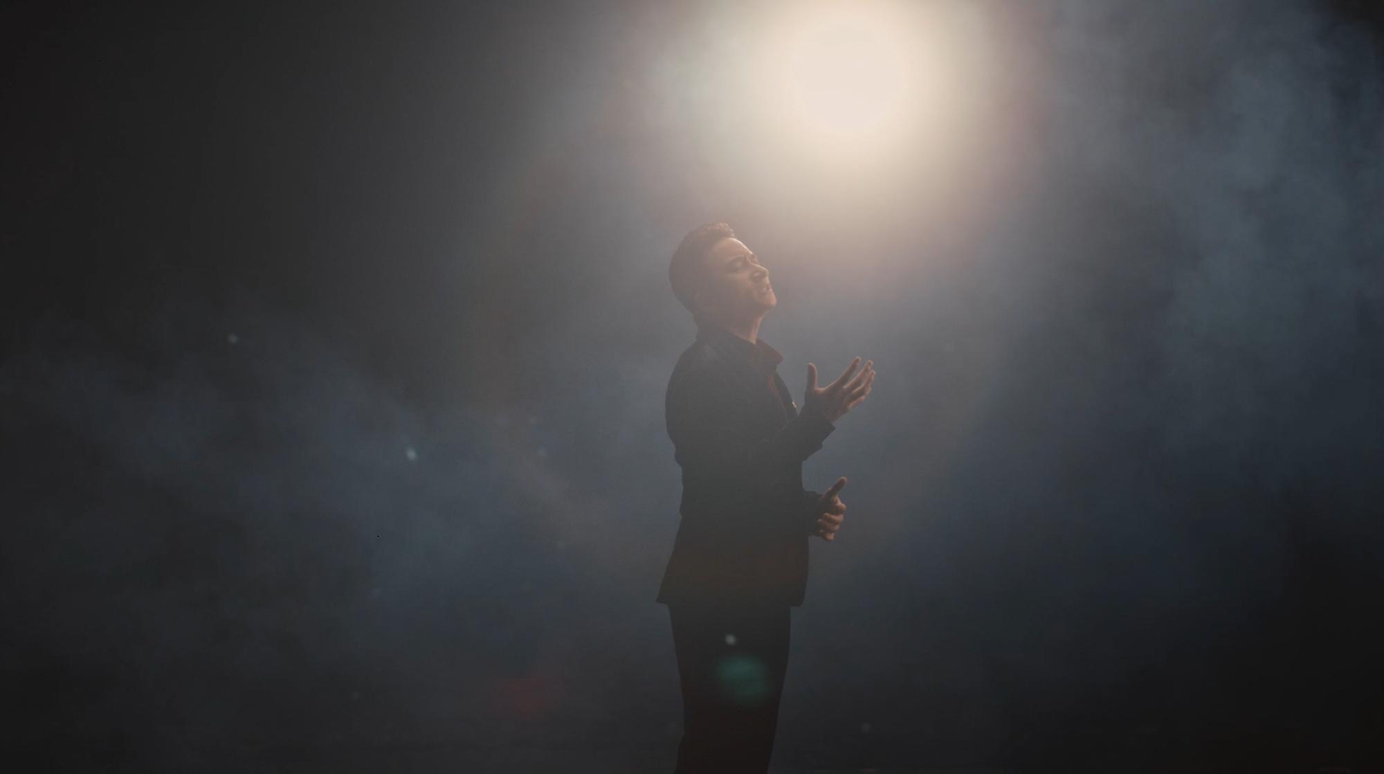 Kết hợp với Karik đưa rap vào ca khúc, Phan Mạnh Quỳnh khiến người hâm mộ đứng ngồi không yên - Ảnh 4.