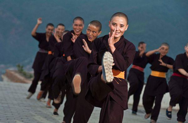 """Những ni cô """"tuyệt đỉnh Kung Fu"""" trên đỉnh Himalaya - Ảnh 2."""