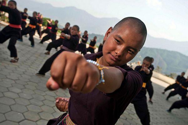 """Những ni cô """"tuyệt đỉnh Kung Fu"""" trên đỉnh Himalaya - Ảnh 6."""