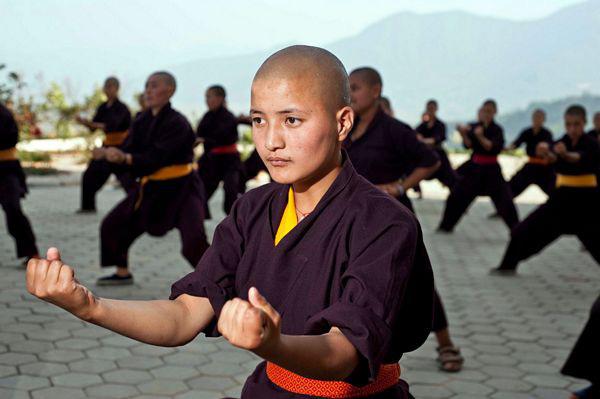 """Những ni cô """"tuyệt đỉnh Kung Fu"""" trên đỉnh Himalaya - Ảnh 7."""