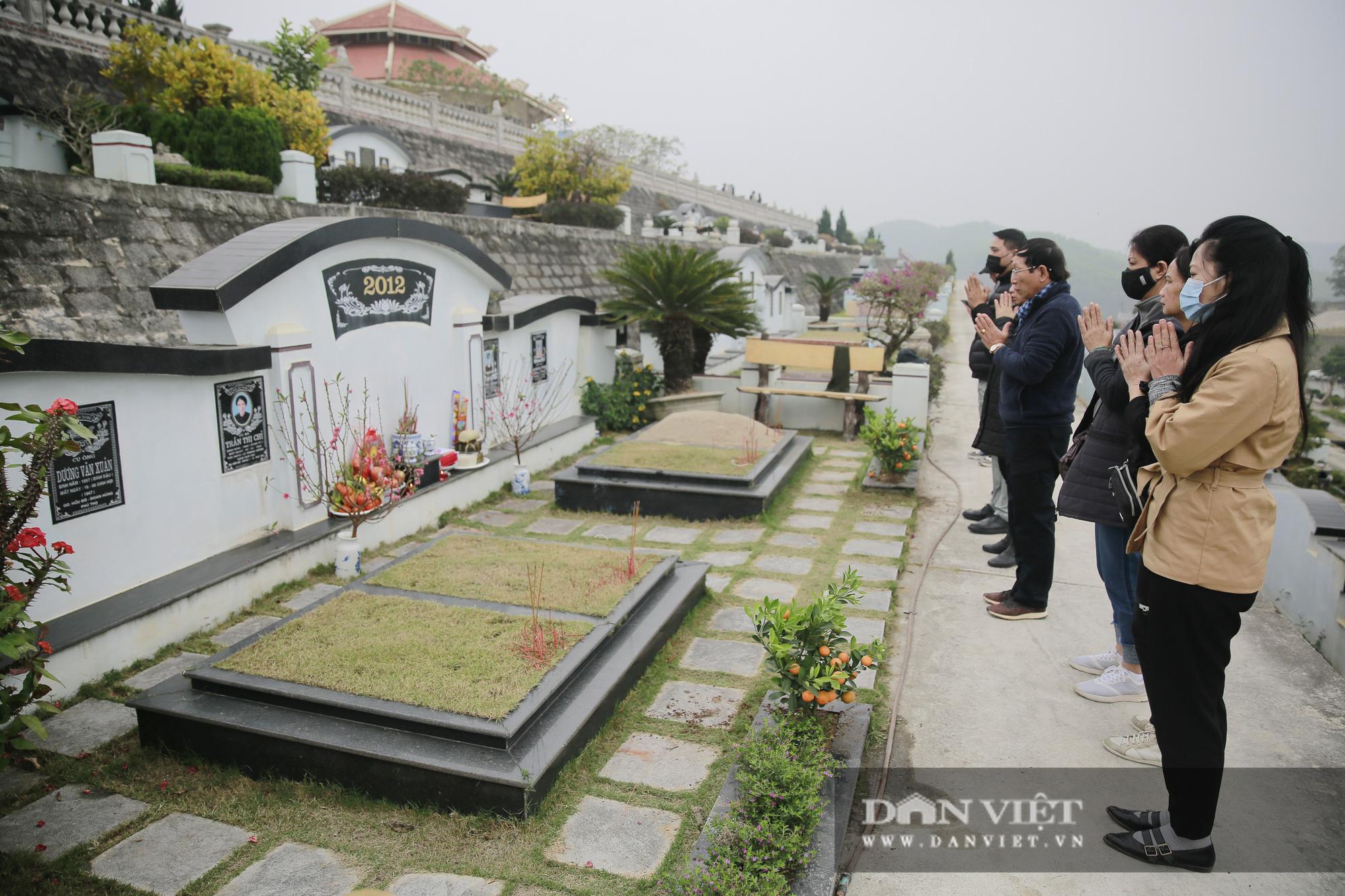 Siêu công viên nghĩa trang 5 sao nhộn nhịp những ngày cận Tết Nguyên đán - Ảnh 12.