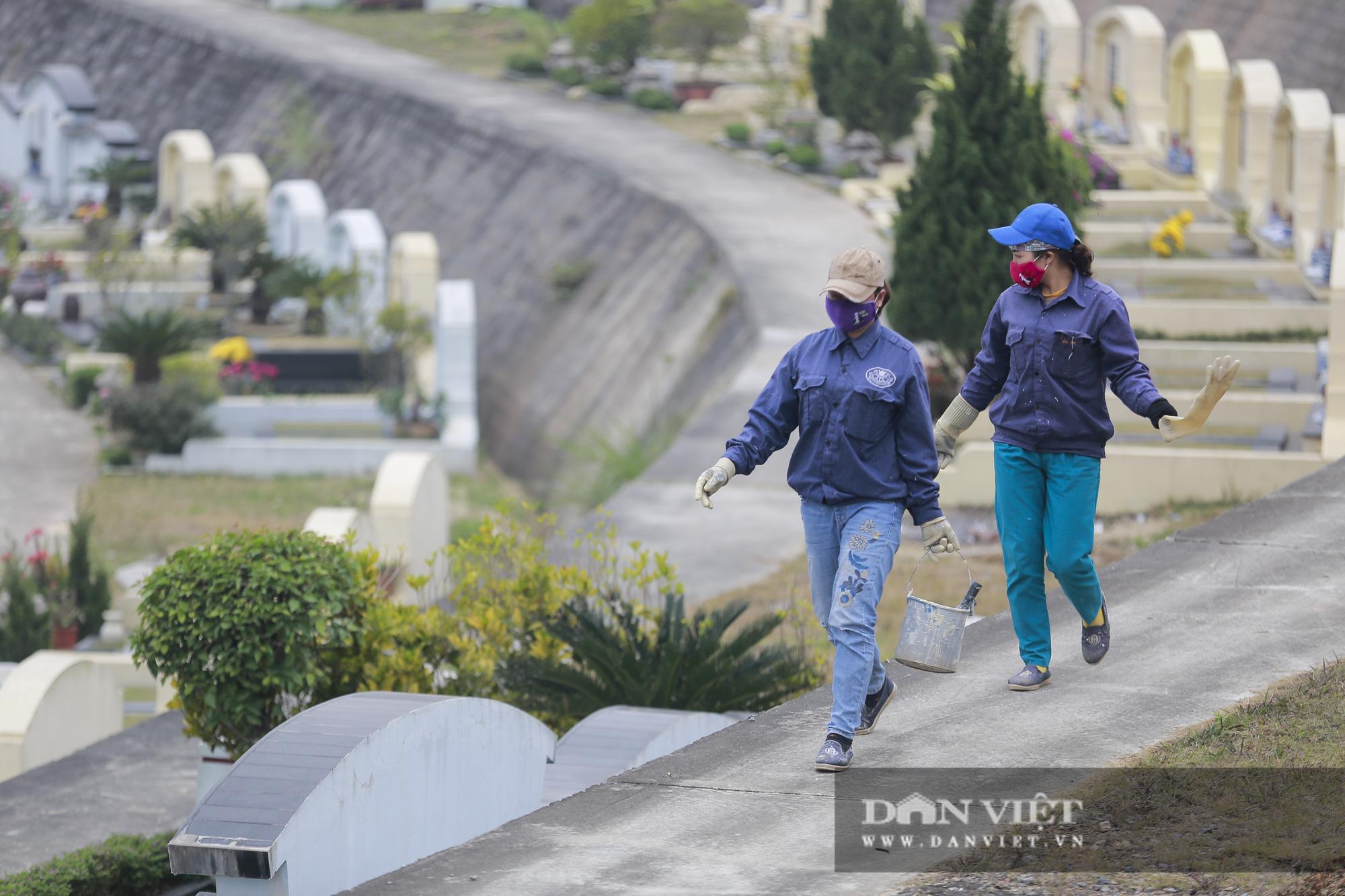 Siêu công viên nghĩa trang 5 sao nhộn nhịp những ngày cận Tết Nguyên đán - Ảnh 9.