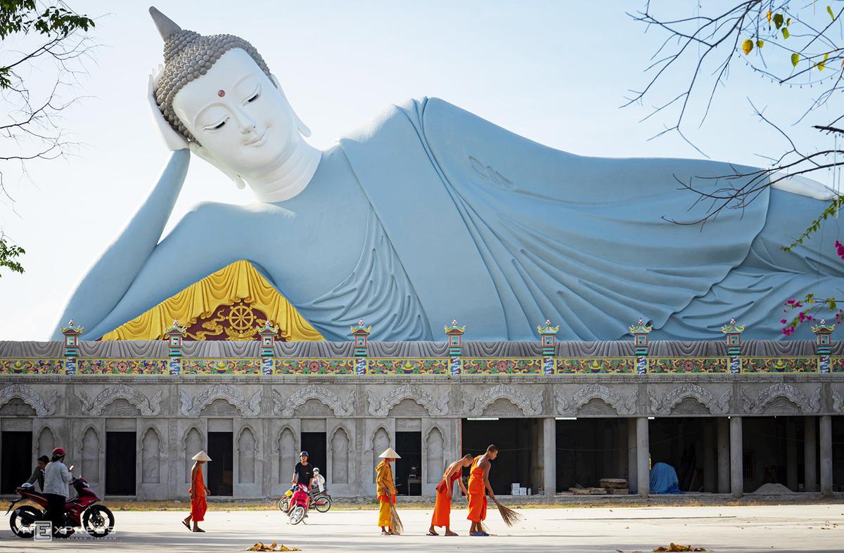 Ngày giáp Tết trong chùa có tượng Phật nằm khổng lồ - Ảnh 6.