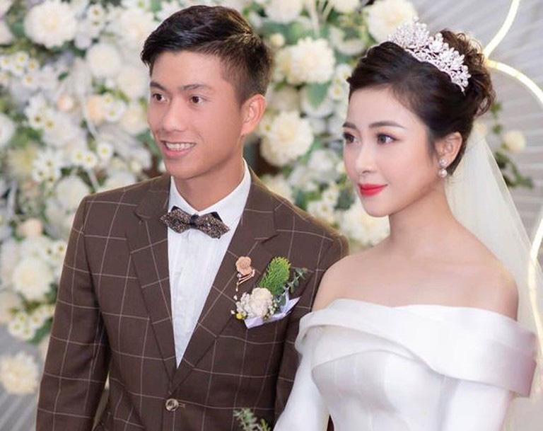 """Những """"ngôi sao Thường Châu"""" nào của U23 Việt Nam đã cưới vợ? - Ảnh 2."""